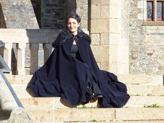 pas cher mieux choisir jolie et colorée Cape médiévale fantastique longue pour femme - noire et bleu ...
