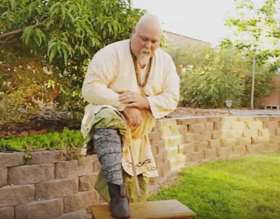 How to Wear Viking Leg Wraps (Winingas)