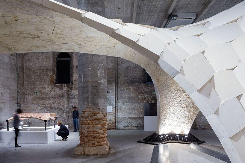 Architecture design & beyond bending: ETH zurich erects sandstone vault at venice ...