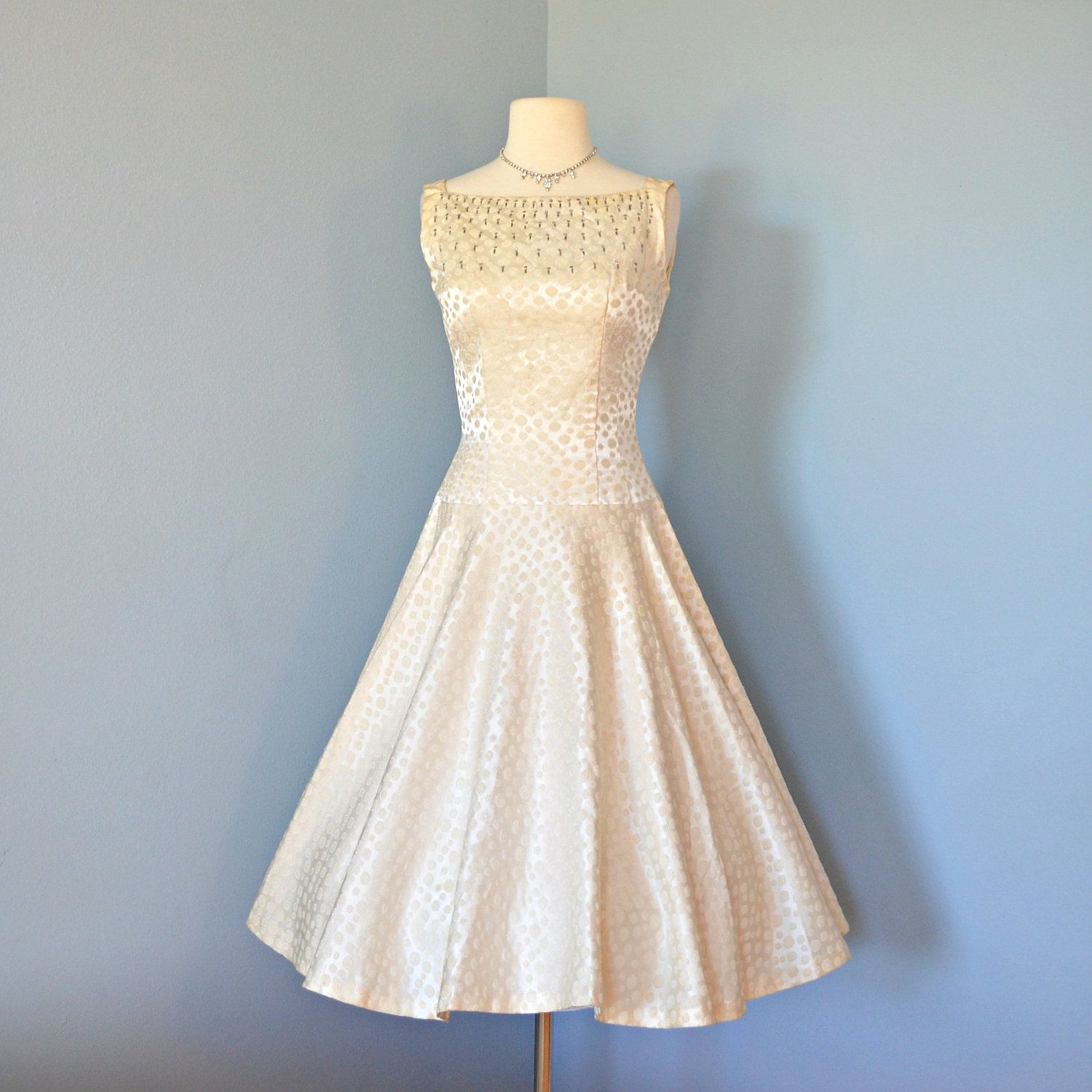 Vintage 1950s Wedding Dress...Elegant JUNIOR THEME Ivory Brocade ...