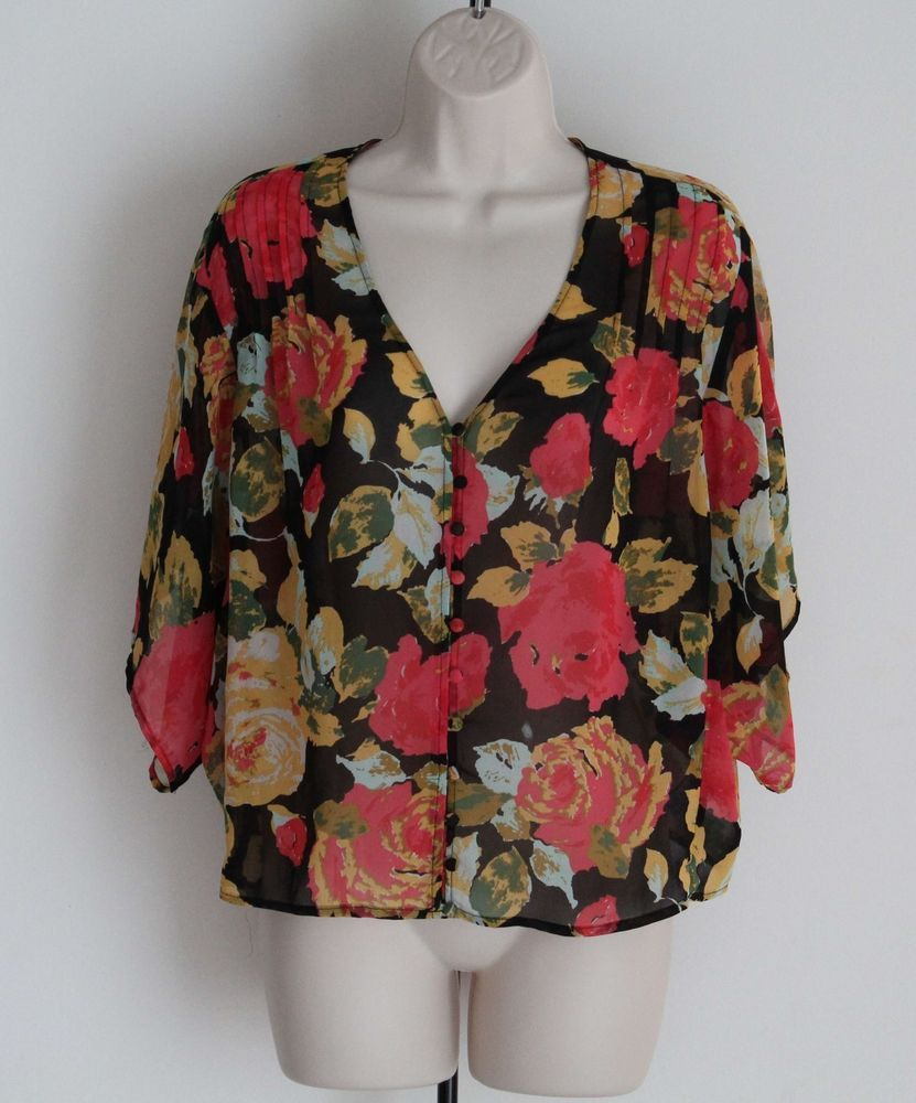 Kimchi Blue URBAN OUTFITTERS Size M Floral Semi-Sheer Blouse Short Wide Sleeves #KimchiBlue #Blouse #Casual