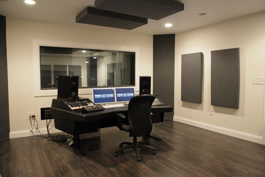 Gallery of Modern Recording Studio Design - Fabulous Homes ...