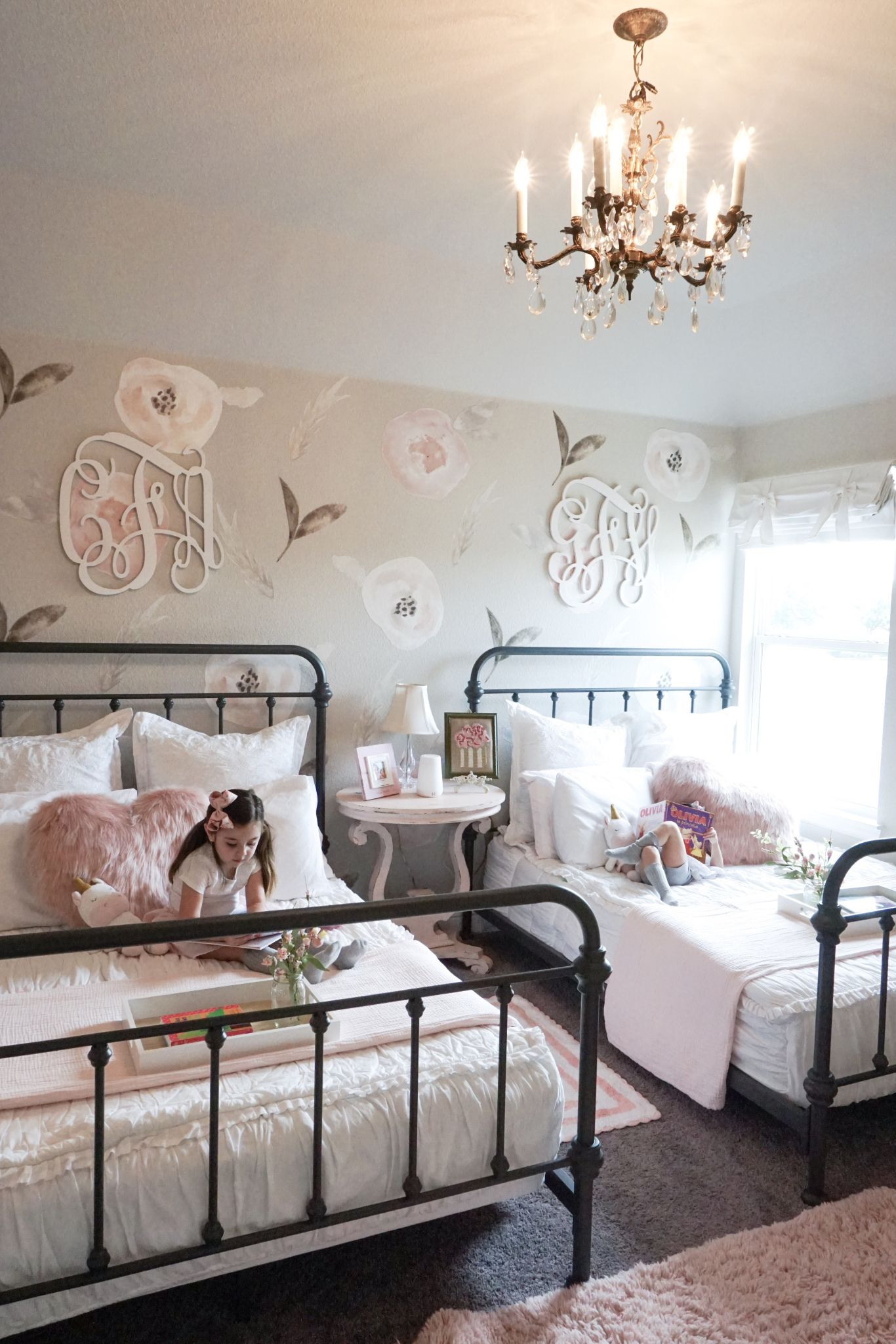 Best A Little Girl Room For Two Shared Girls Room Shared 400 x 300