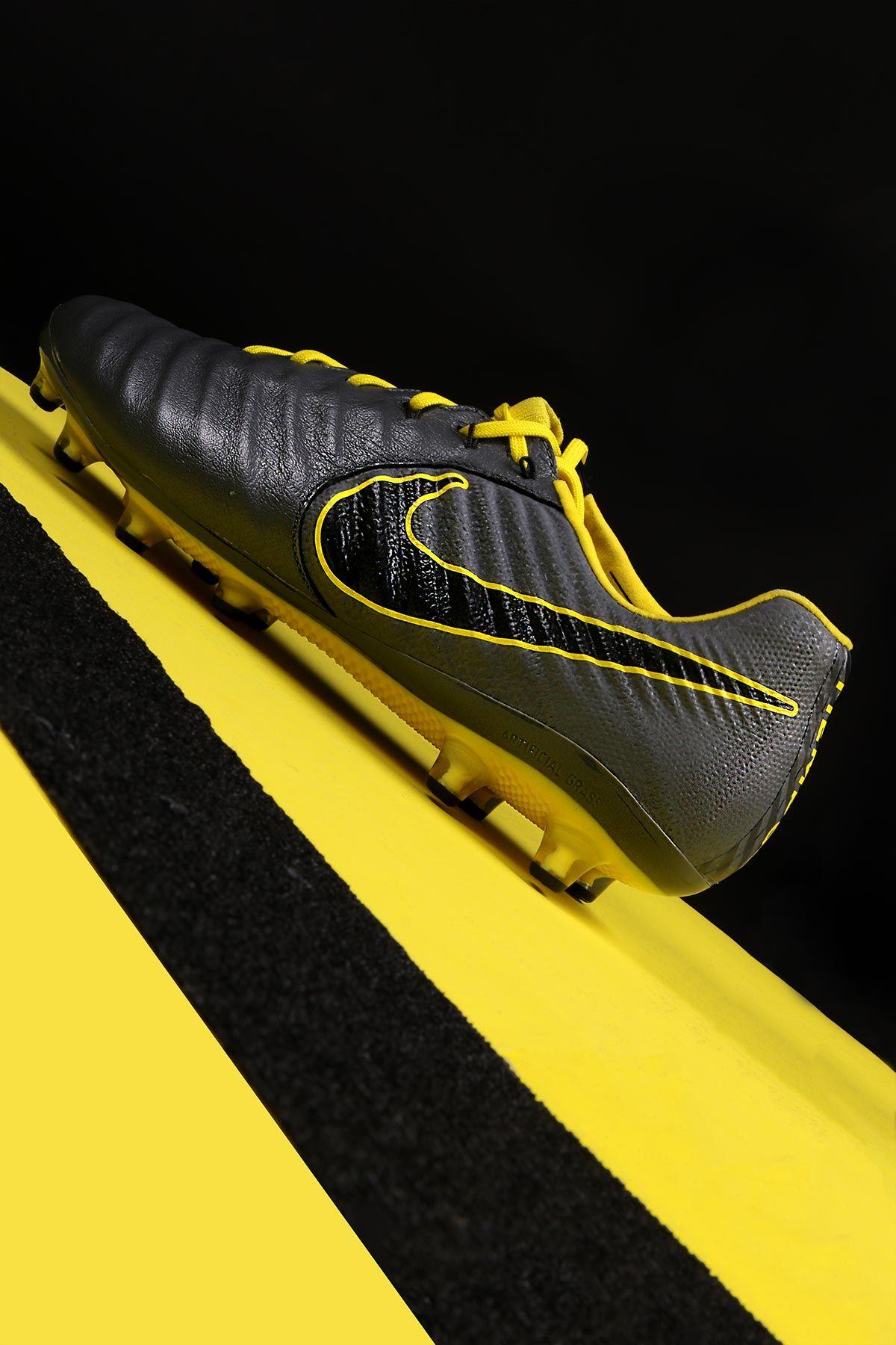 meet 1deee c3be7  NikeTiempo Legend ⚠ Termina el juego, marca el camino hacia el gol   GameOver  futbolmania  futbolmaniakids Foto   donforofo (instagram) para  ...