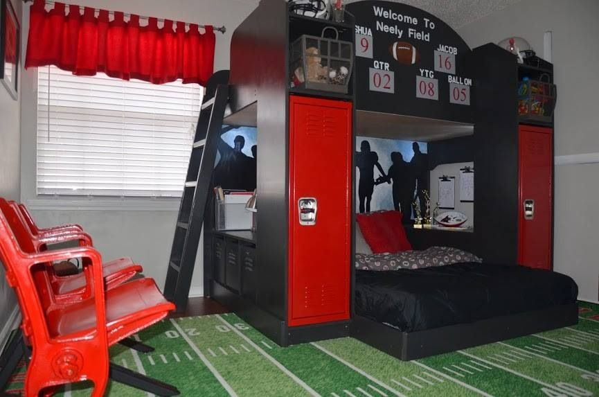 As a coach and former player this rooms probably my for Football bedroom ideas
