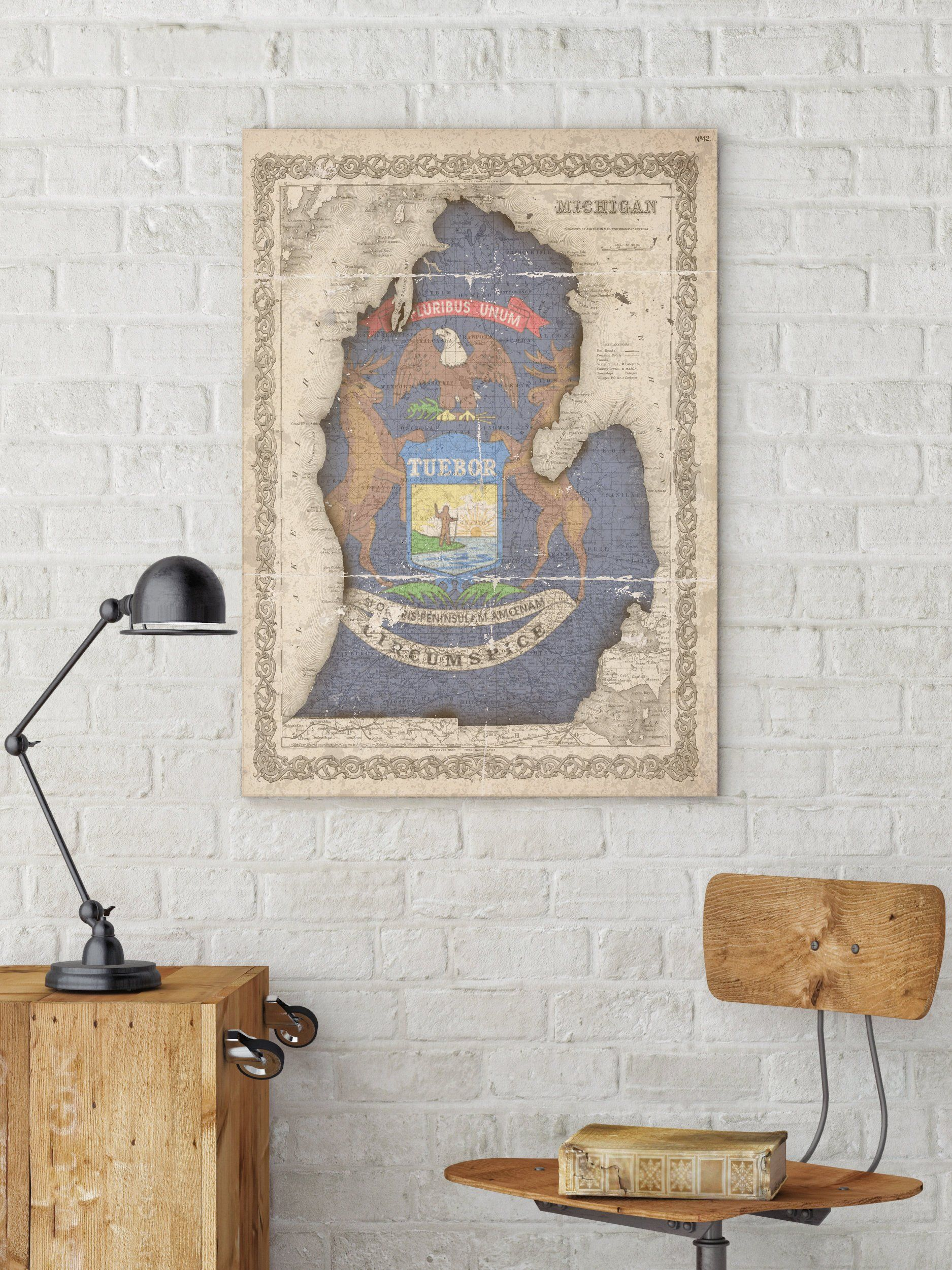 Michigan State Map And Flag Michigan Map Vintage Style Etsy Map Of Michigan Usa Wall Decor Canvas Wall Decor