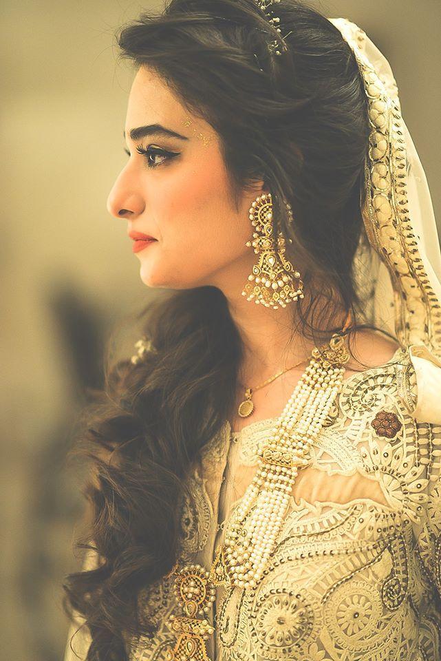 Bridal Side Profile Indian Wedding Hairstyles