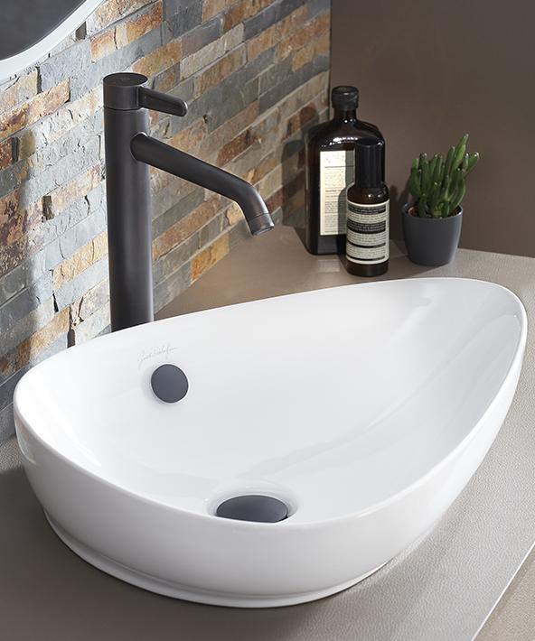 Jacob Delafon Remet Au Gout Du Jour Le Design 50 S Dans La Salle De Bains Bathroom Design Luxury Luxury Design Bathroom Design