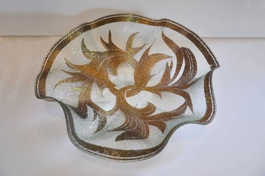 Vintage Dorothy Thorpe Crystal Ruffle Bowl - Mecox Gardens at #LA #Mecox #interiordesign #home #decor #design #MecoxGardens #LosAngeles