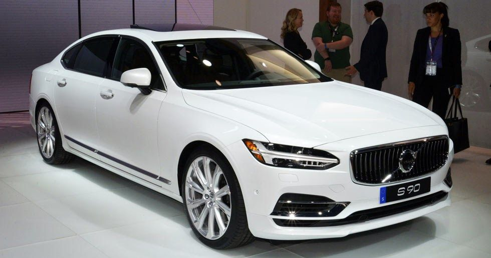 2018 Volvo S90 T8 Twin Engine Phev With 400hp Reaches America From 63 650 Carscoops Volvo S90 Volvo Volvo Xc60