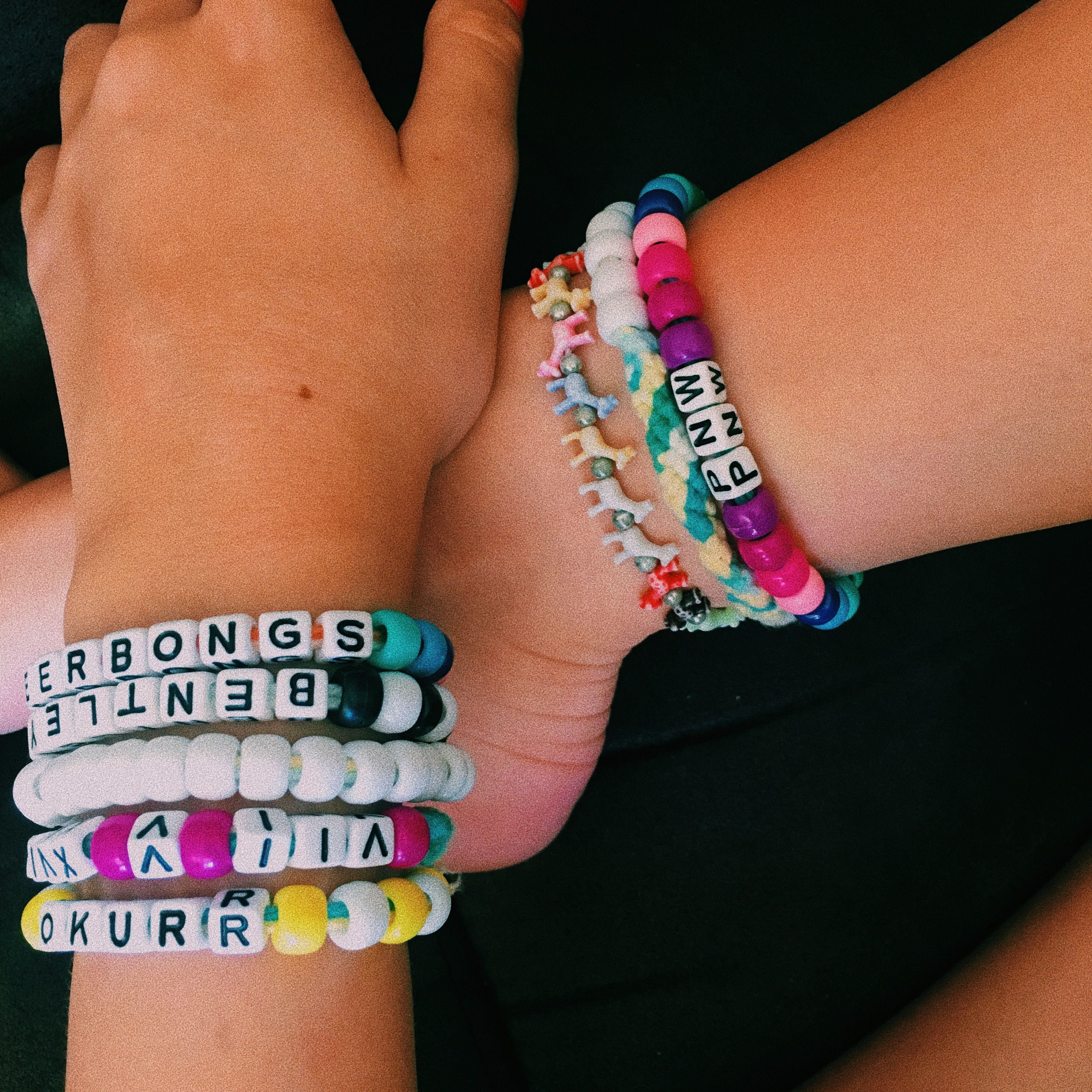 3e16f2ab4ceb2 friendship bead and word bracelets / aesthetic || insta ...