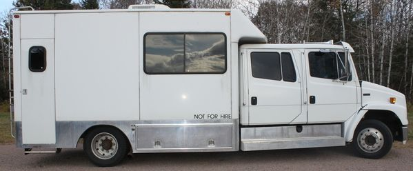Freightliner FL50 Toterhome for sale $42,999 00 | Trailers