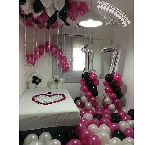 17 Surprise Party And Balloons Image 17th Birthday Ideas