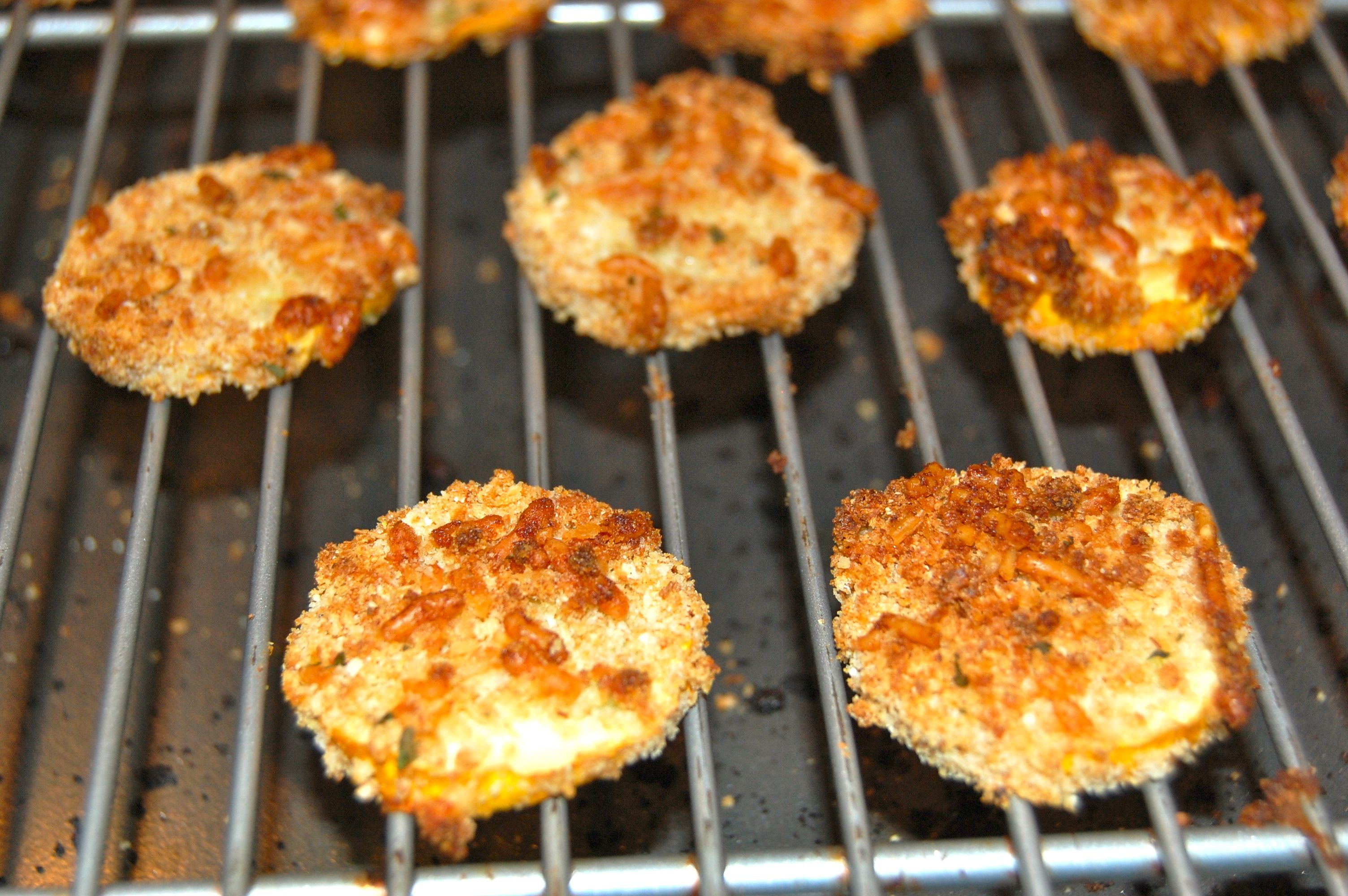 mama jess bean good with baked zucchini chips!