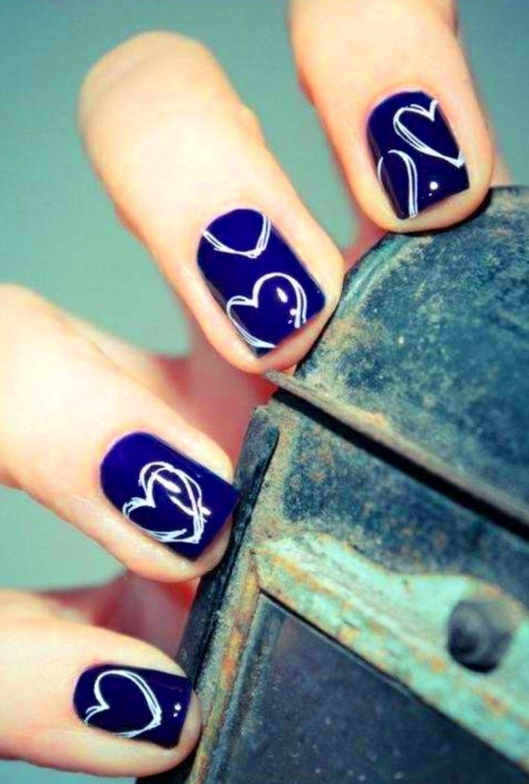 We Heart Nail Art 20 Valentines Day Manis To Fall For Nails