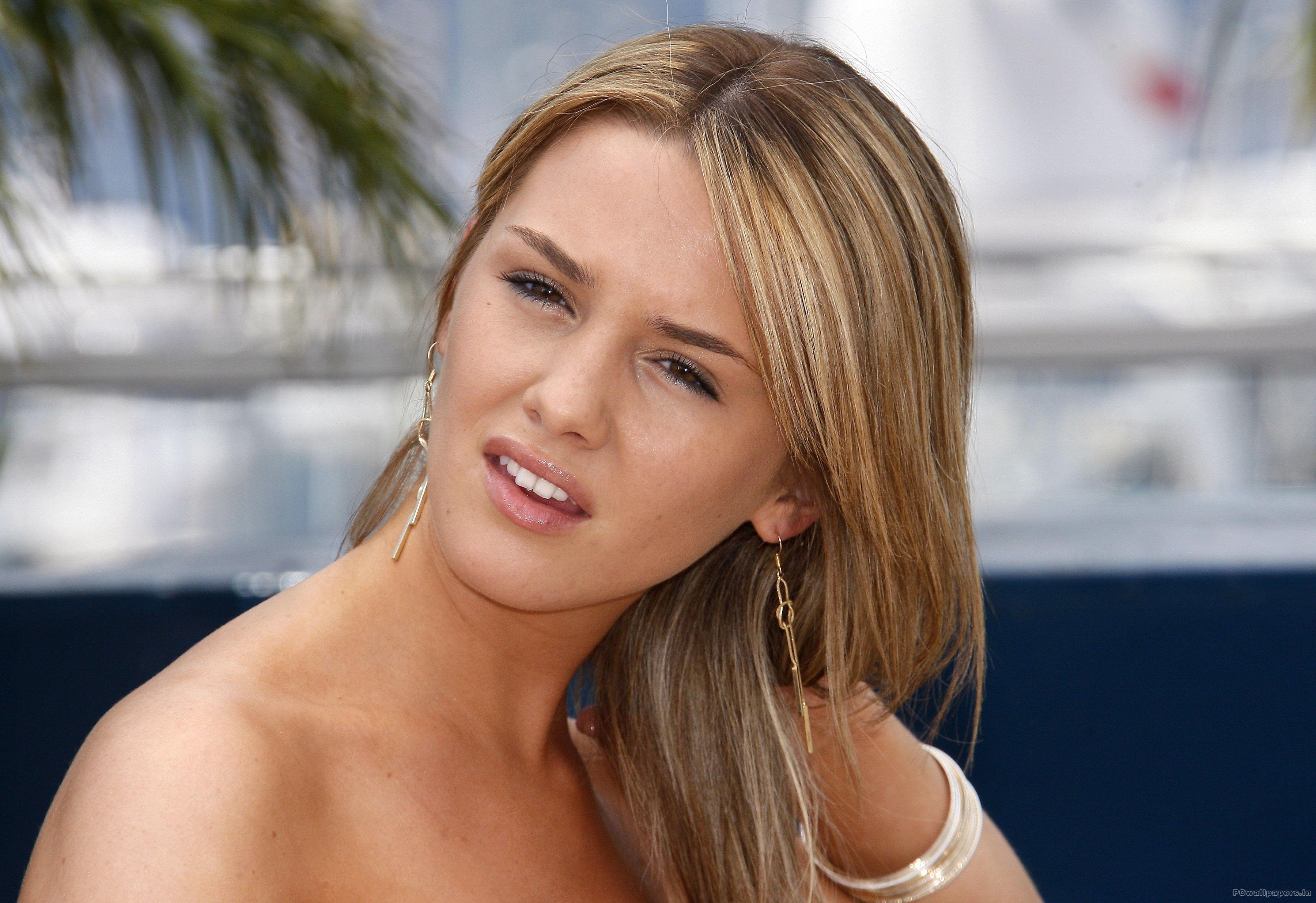 Addison Timlin | Timlin | Pinterest | Addison timlin, Arielle kebbel and Celebrities