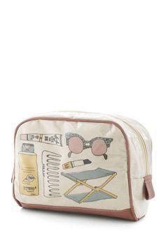 Beachy #Beauty #Makeup #Bag | #ModCloth