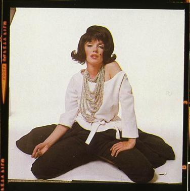 10/07/1962 Marilyn Black Wig par Bert Stern - Divine Marilyn Monroe