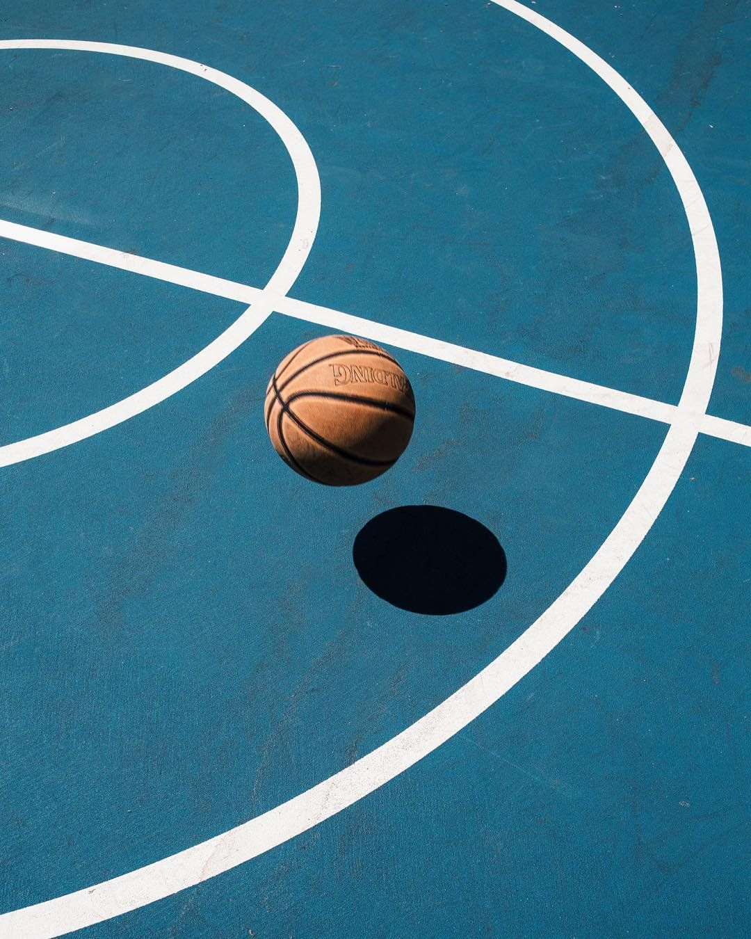 Milk On Twitter Basketball Wallpaper Basketball Photography Line Photography