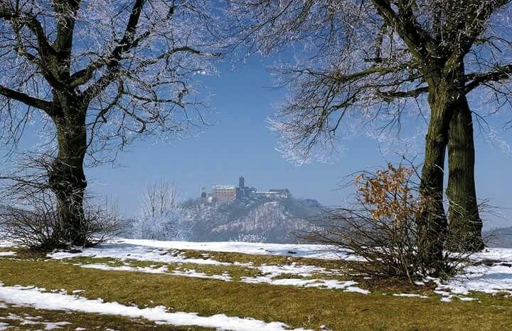 Schoenes Bild aus Eisenach. Im Hintergrund kann man die Wartburg sehen.