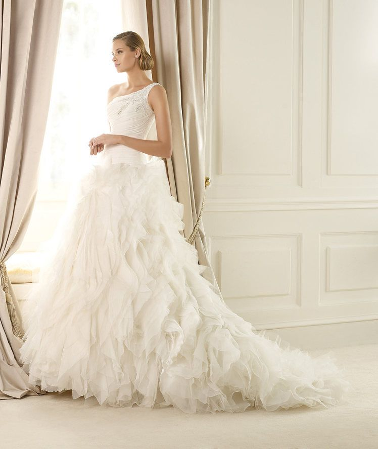 Buy Wedding Dress Pronovias Dora 2013 At Cheap Price