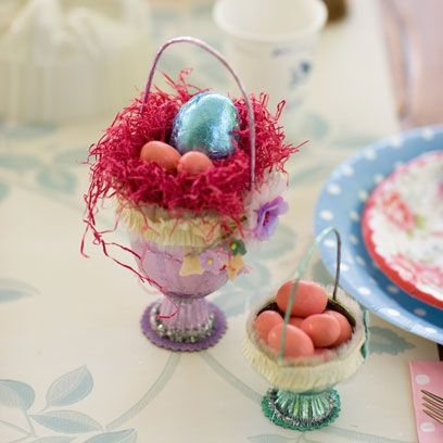 Create your own appealing easter goodie bag for kids parties create your own appealing easter goodie bag for kids parties using beautifully decorated egg cups negle Gallery