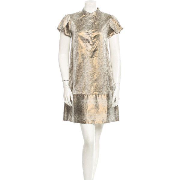 Pre-owned Diane von Furstenberg Dress ($75) ❤ liked on Polyvore featuring dresses, gold, diane von furstenberg, short sleeve dress, diane von furstenberg dresses, preowned dresses and metallic shift dress