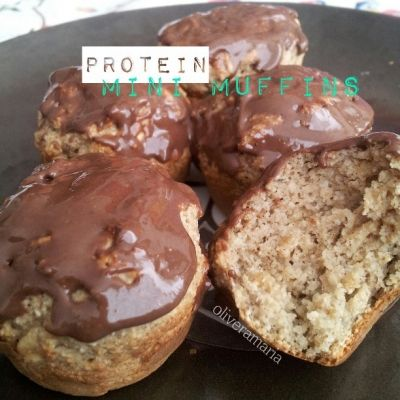 Ripped Recipes - Protein Mini Muffins - High protein, moist, healthy but flavorful muffins in a mini form!