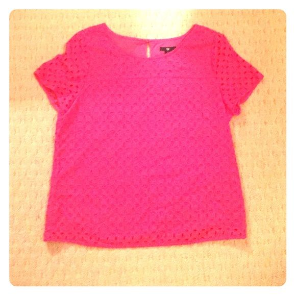 Gap Blouse This shirt is from Gap and is a size M. It is pink and really cute with jeans. GAP Tops Blouses