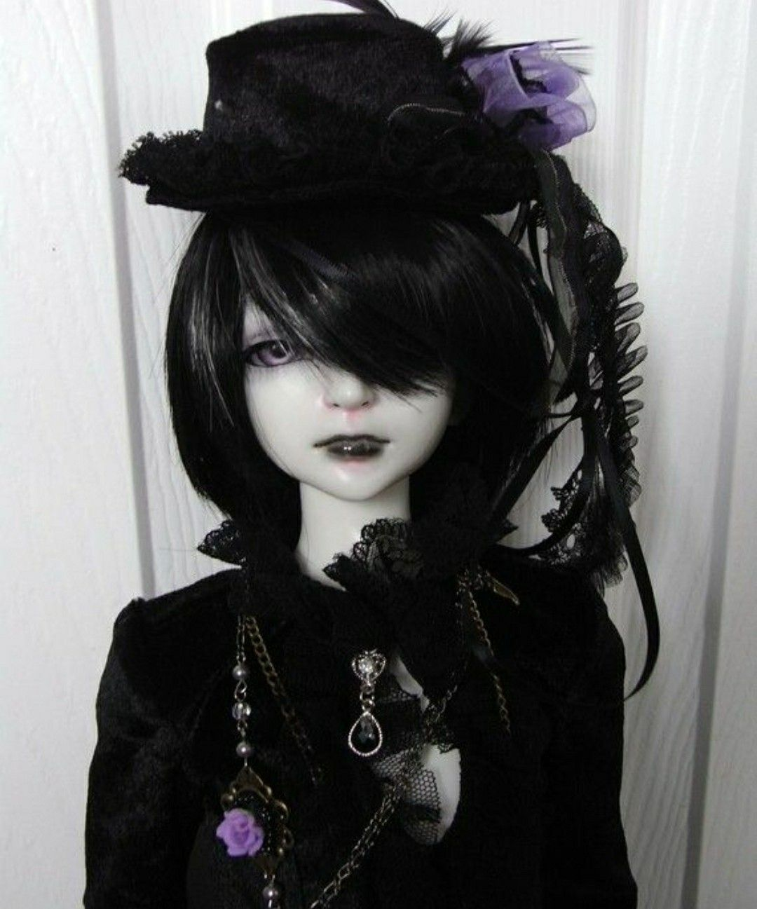 картинки готических кукол с короткими волосами что приходит голову