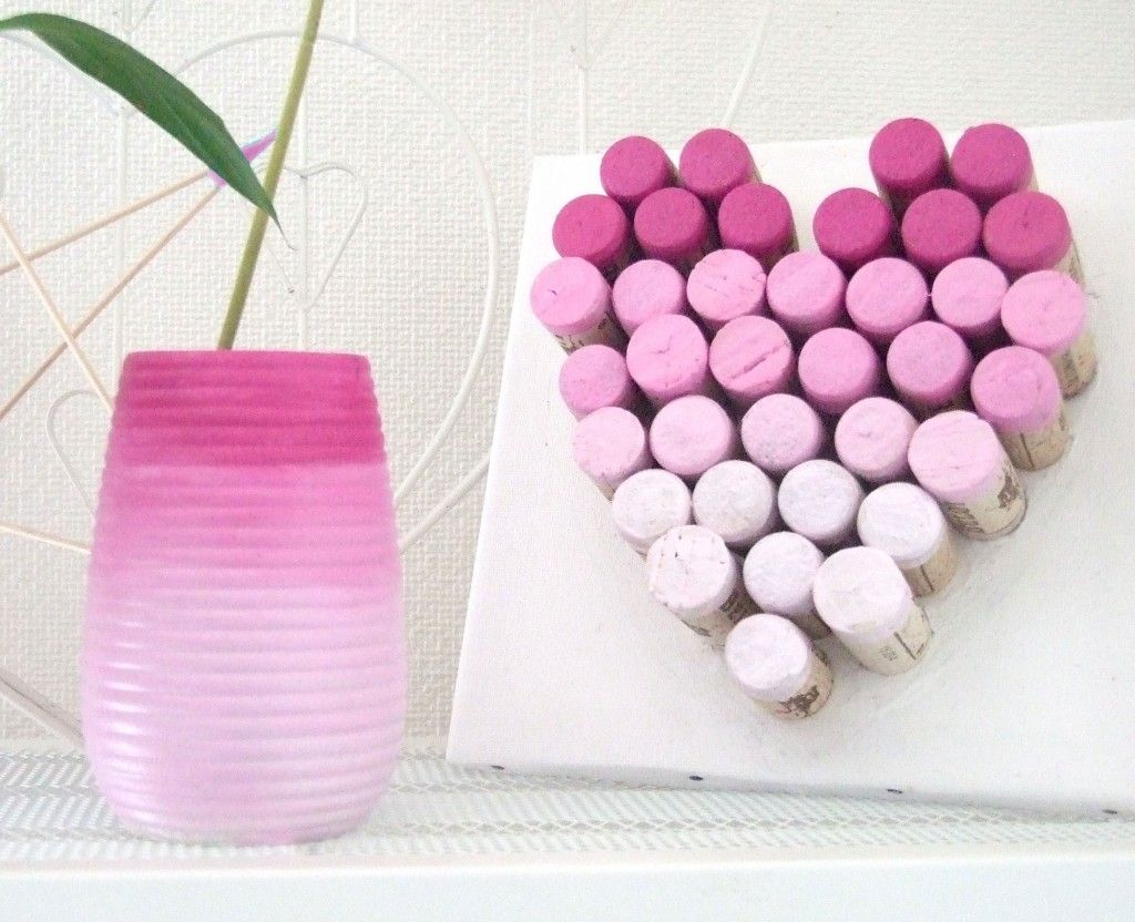 recyclage bouchons de li ge avec la peinture d corative tous supports luminoso http blog. Black Bedroom Furniture Sets. Home Design Ideas