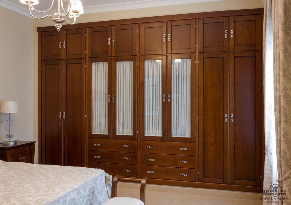 Armario empotrado de ocho puertas abatibles altillo - Puertas abatibles para armarios empotrados ...