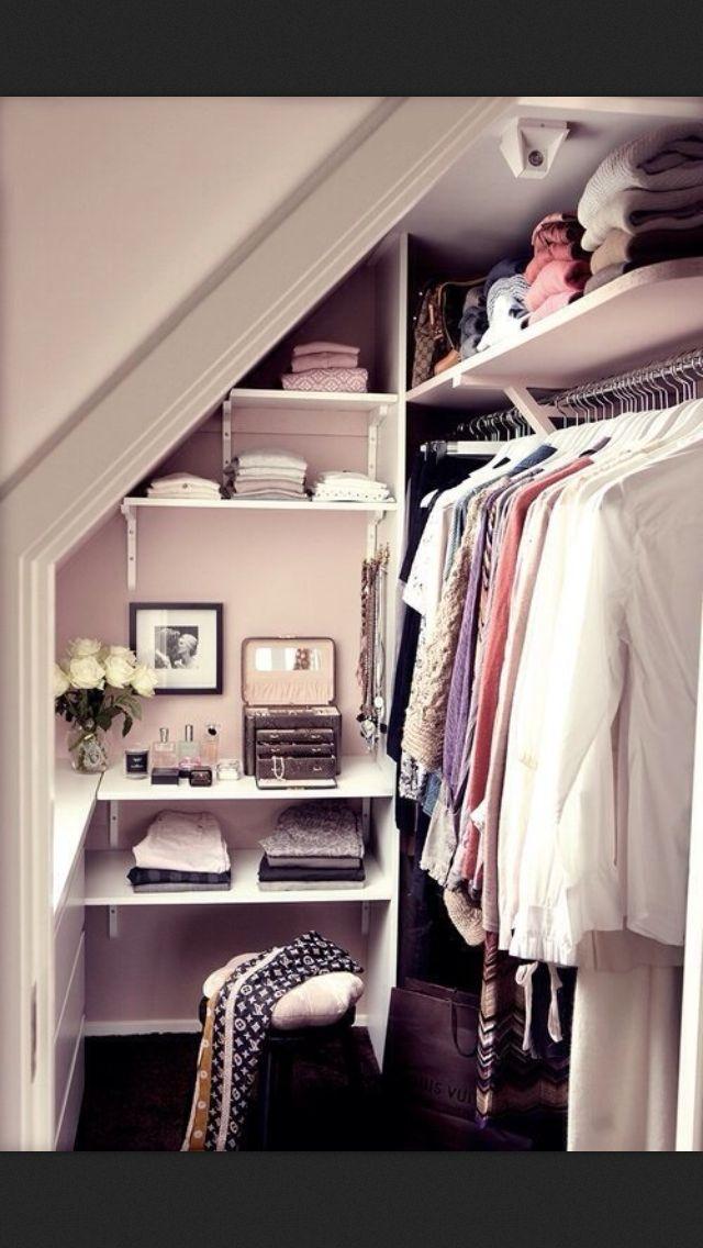 Closet chic apartment