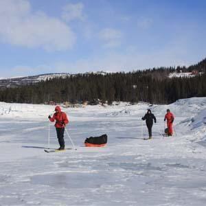 http://www.buscounviaje.com/ficha/noruega-ruta-de-iniciacion-polar-11630?utm_source=Pinterest&utm_medium=Social%20Media&utm_campaign=pinterestdiario  Buenos días viajeros! ¿Te apetece vivir una gran aventura en Noruega? Apúntate a esta ruta de iniciación polar con esquís