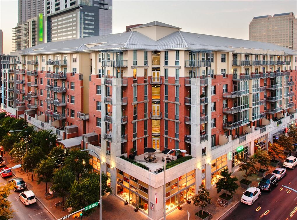 AMLI Downtown Austin Apartments Luxury Austin