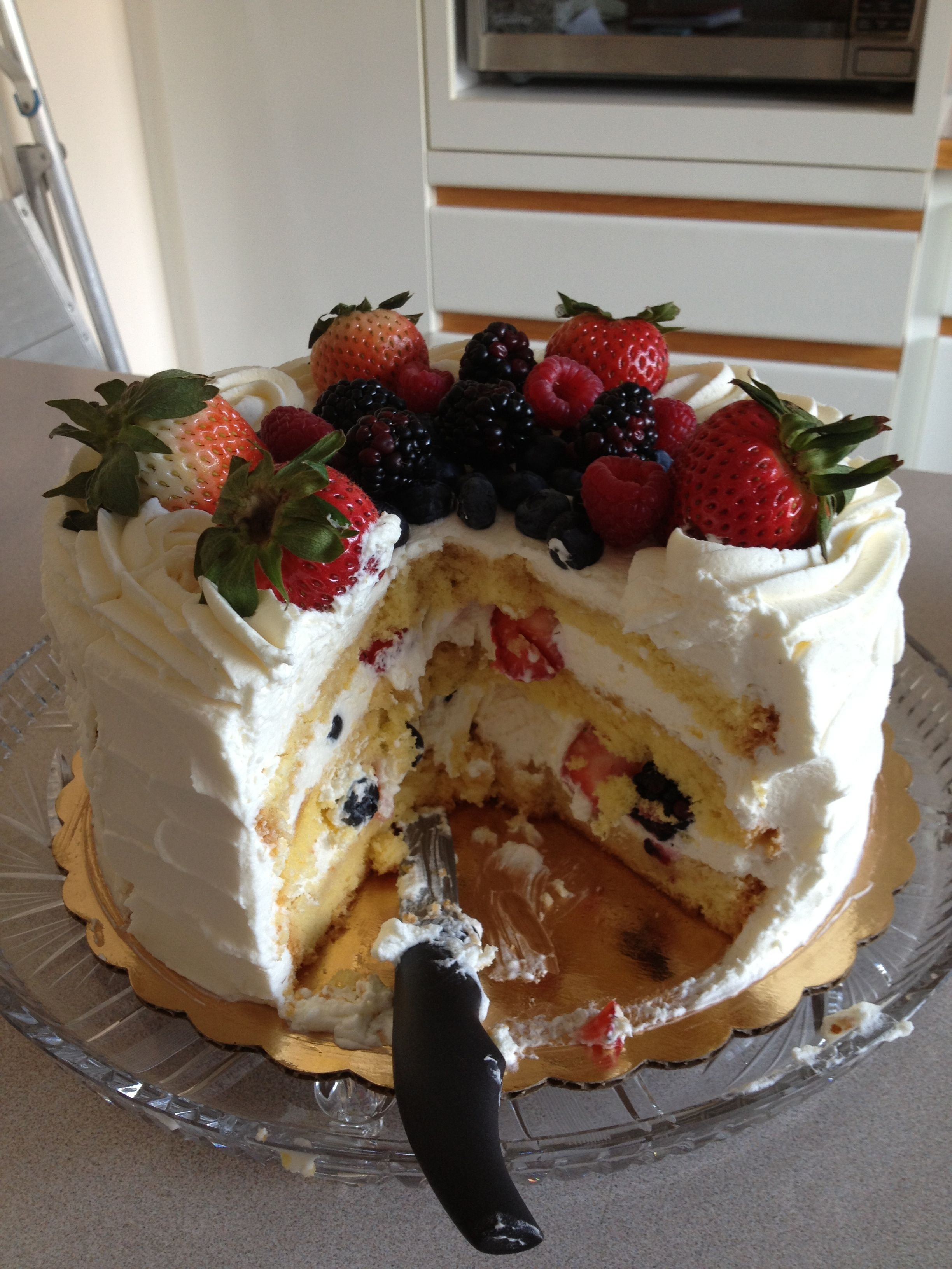 Berry chantilly cake from whole foods berry chantilly