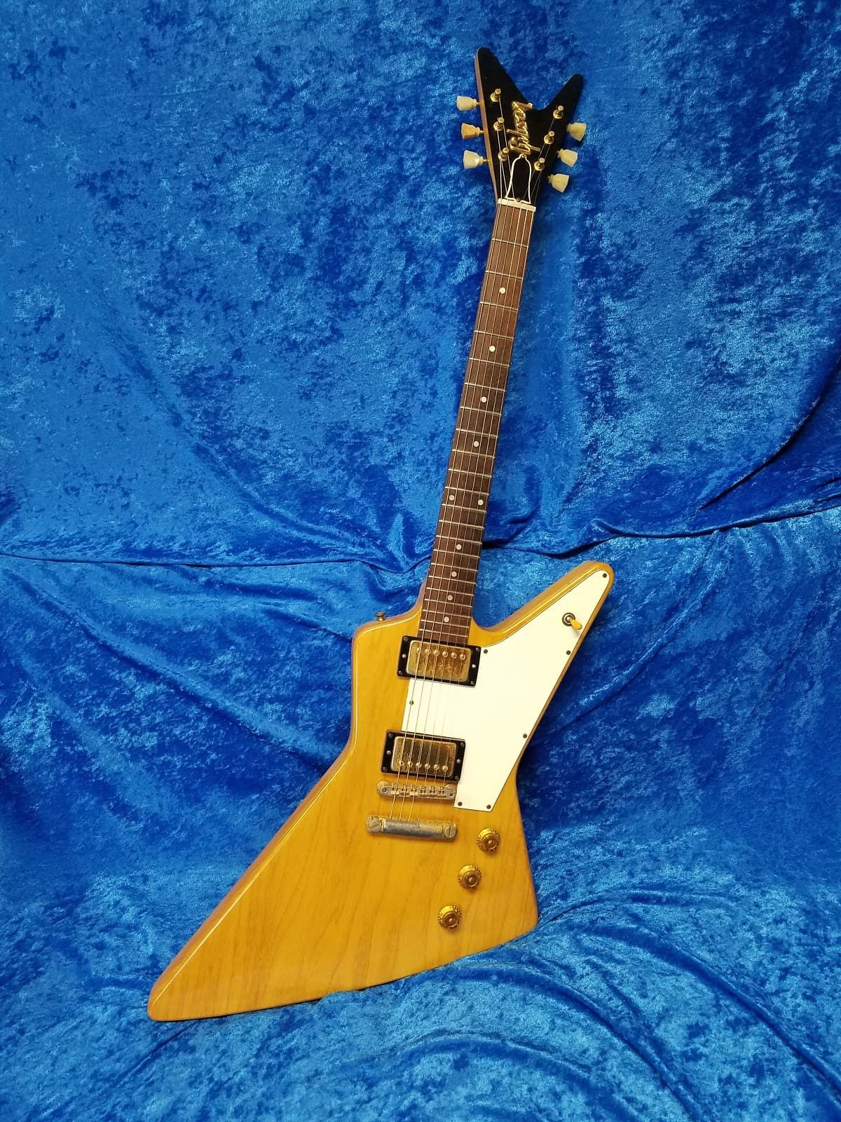 All Original Factory Leftover Parts Korina Explorereverybody Knows Need To Know The Of Electric Guitar History These Instruments And Gibson Guitars In General