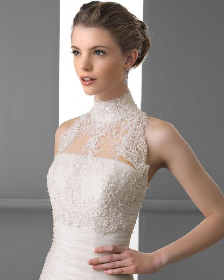 149 FLECHA / Wedding Dresses / 2013 Collection / Alma Novia / Shown with Halter-Neck Bolero (close up)