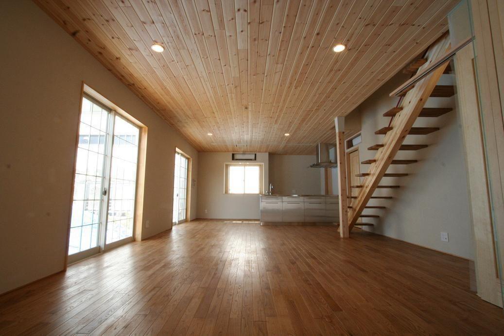 新築 中古戸建て住宅に使用されている無垢フローリング 積層