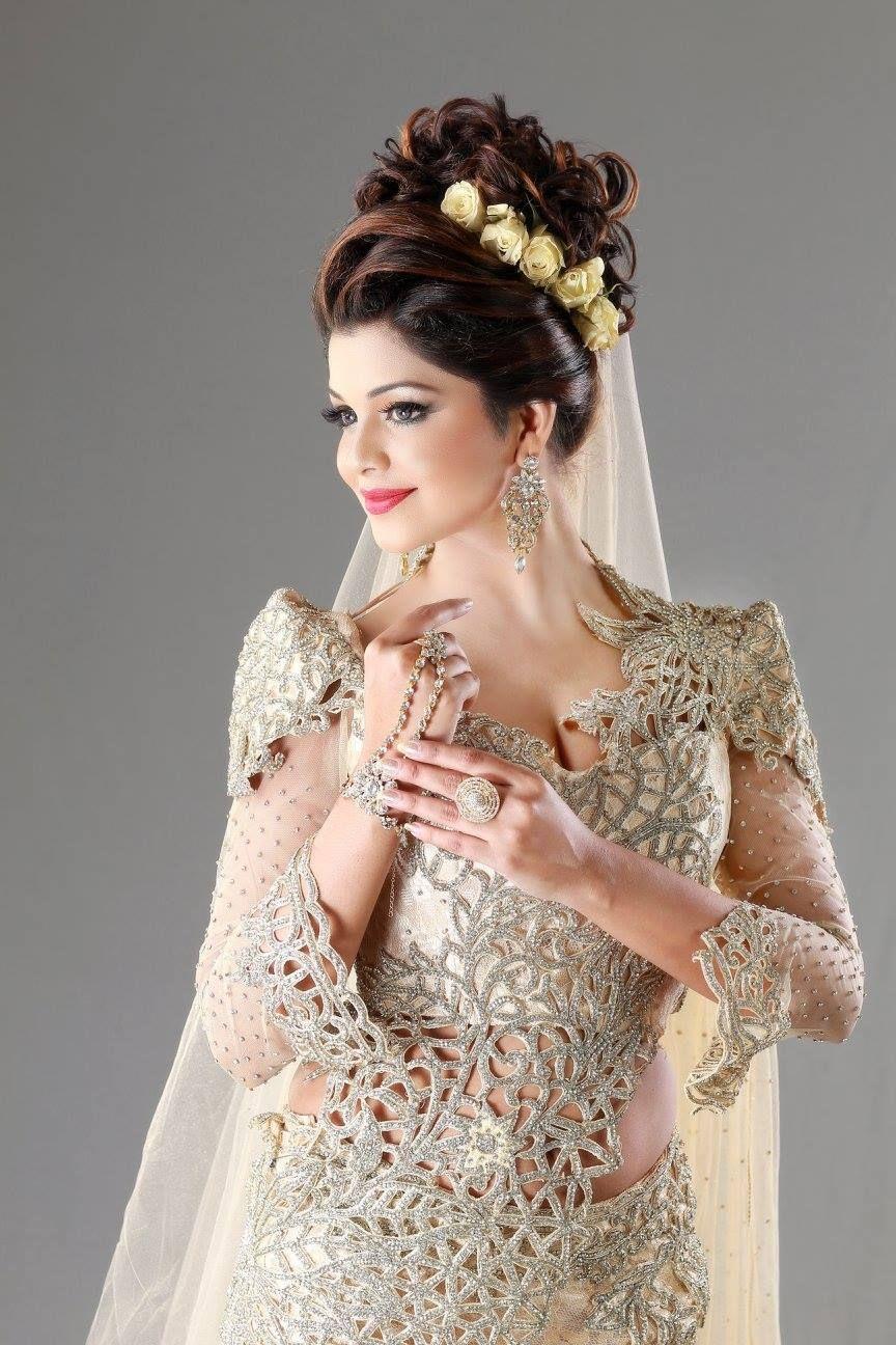 Sri lankan fashion mithunika fernando sri lankan for Sari inspired wedding dress