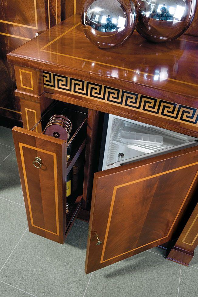 Proyectos a medida de muebles cl sicos con acabados en - Mueble clasico valencia ...