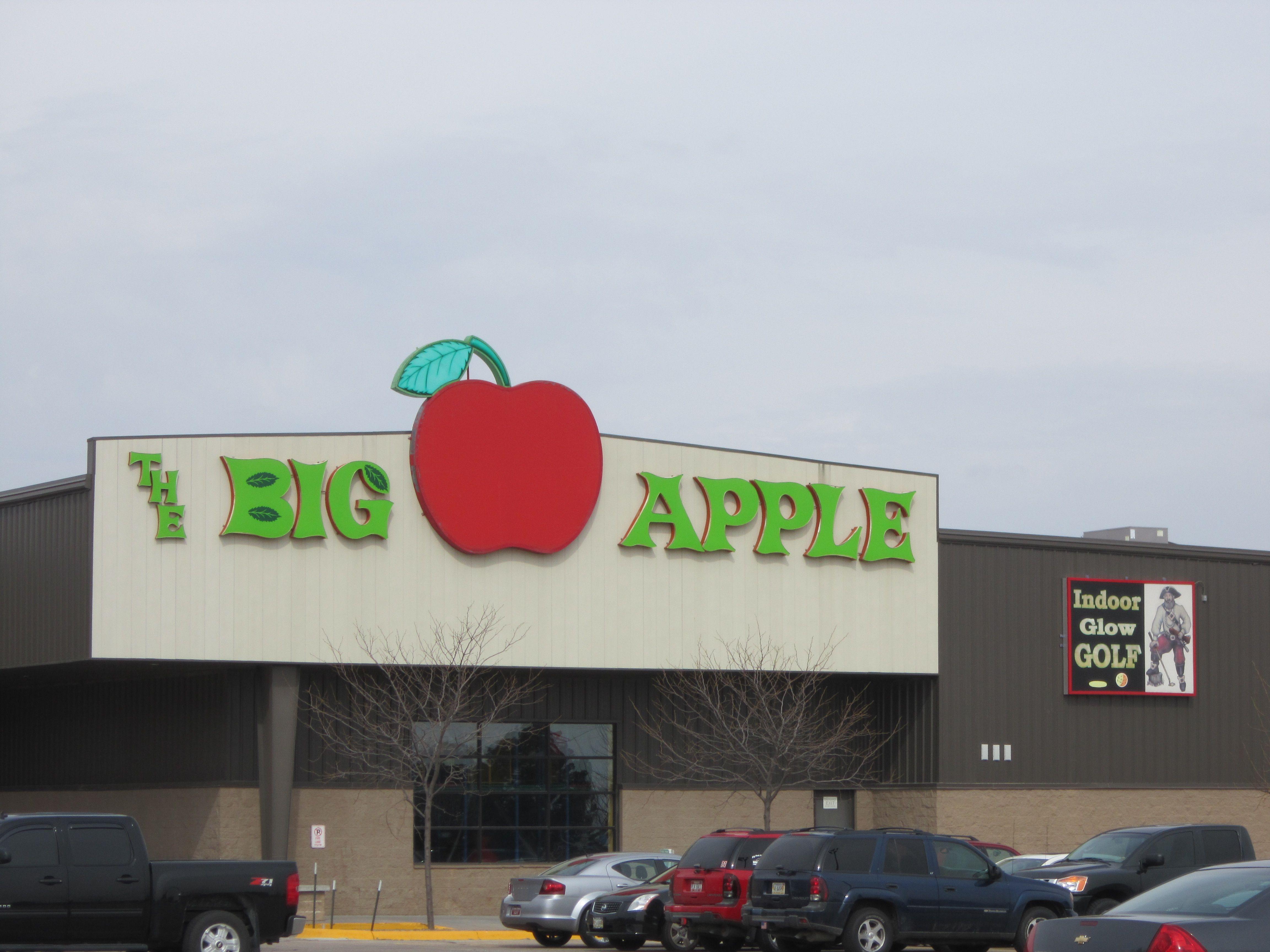big apple bowling center in kearney ne bowling alleys