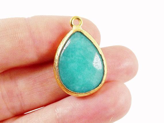 Aqua Teardrop pendentif Jade - 22k or mat chromé Bezel - 1pc on Etsy, 4,68€