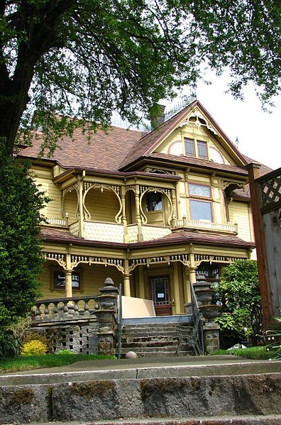 The John Palmer House At 4314 N Mississippi Ave Portland Or Is Listed On The Us National Register Of Hist Palmer House Victorian Homes Portland Architecture