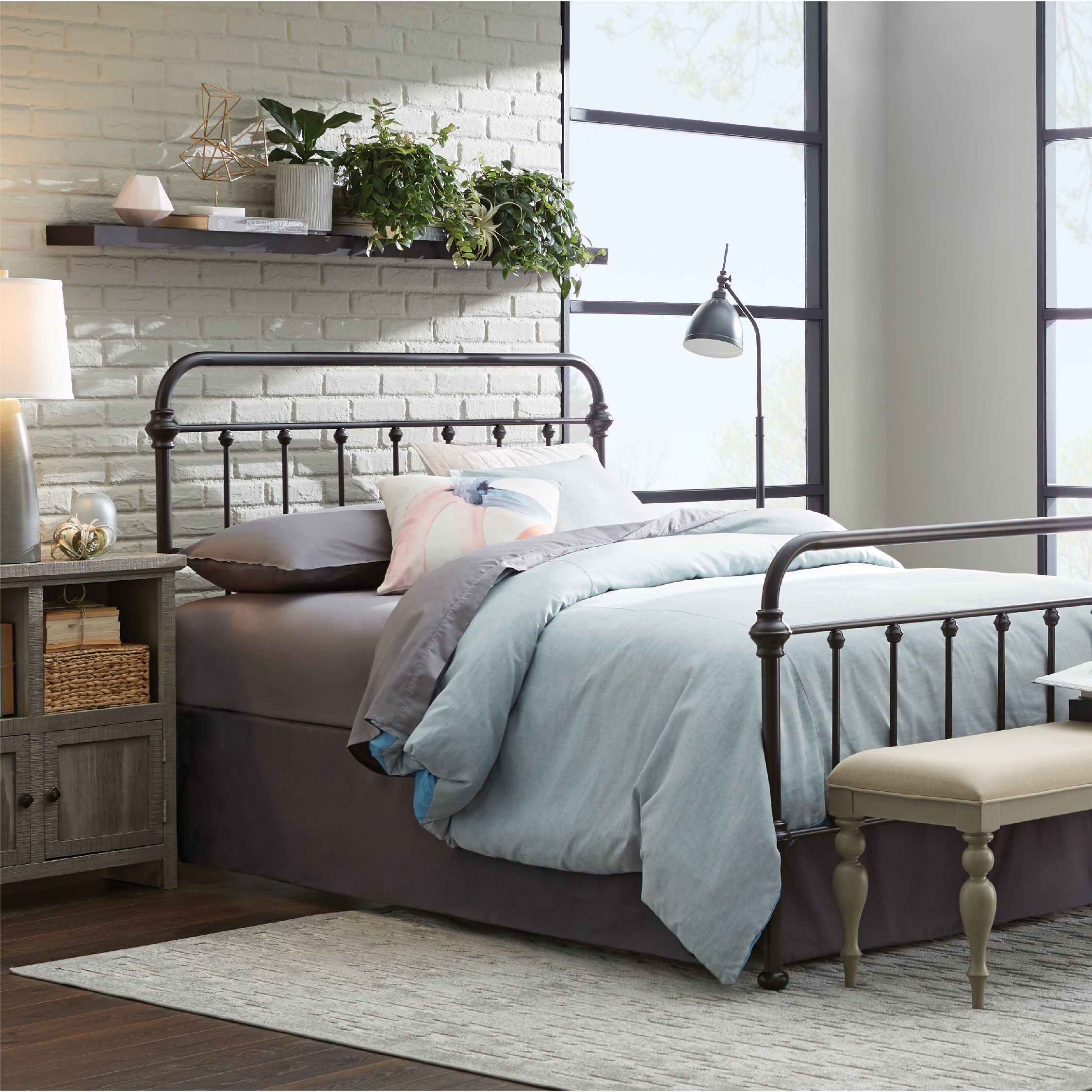 Create Your Own Cozy Retreat With Help From The Laguna Bed Home
