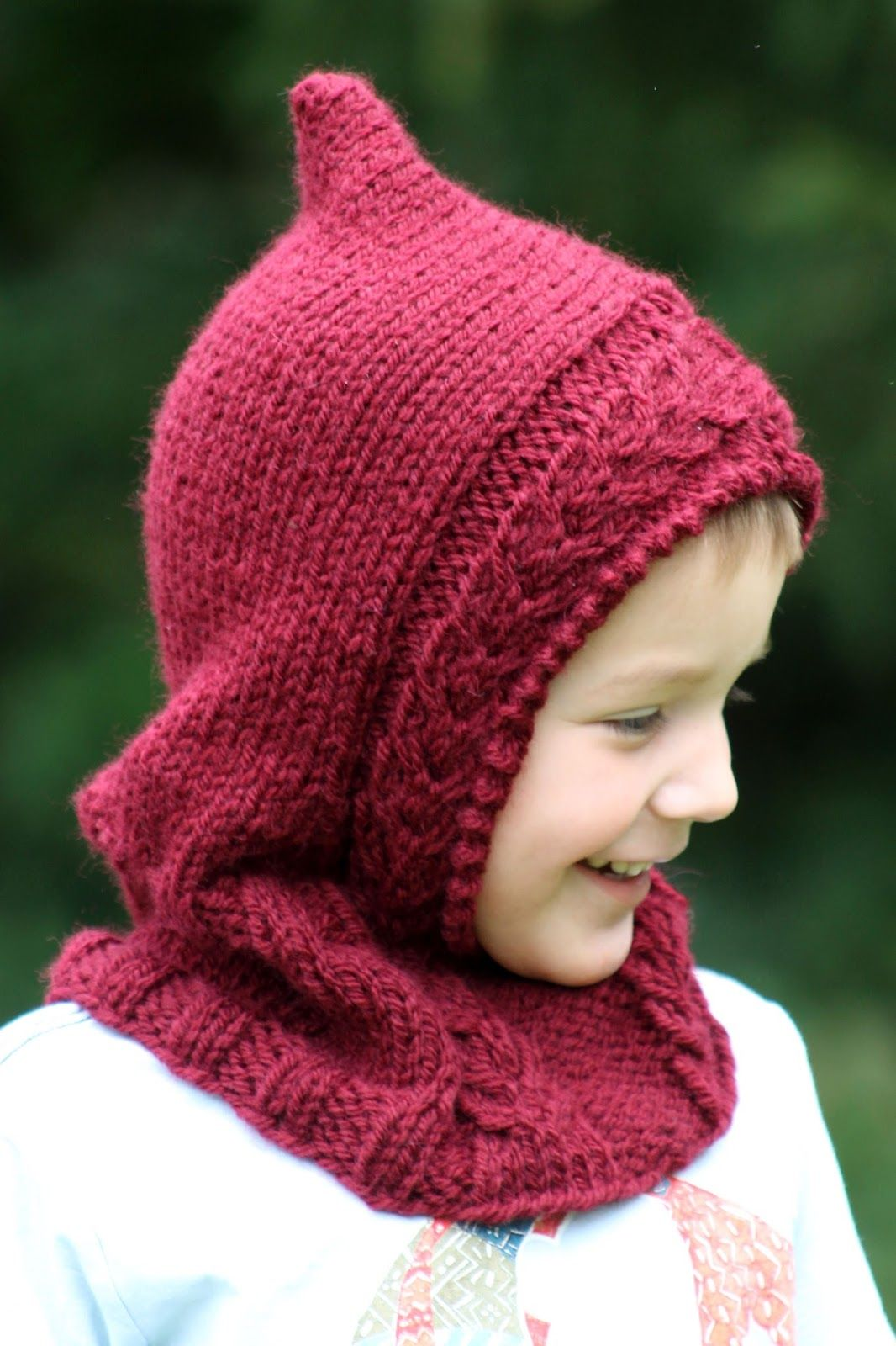 Little Red Hooded Cowl | Knitting, Baby knitting patterns ...