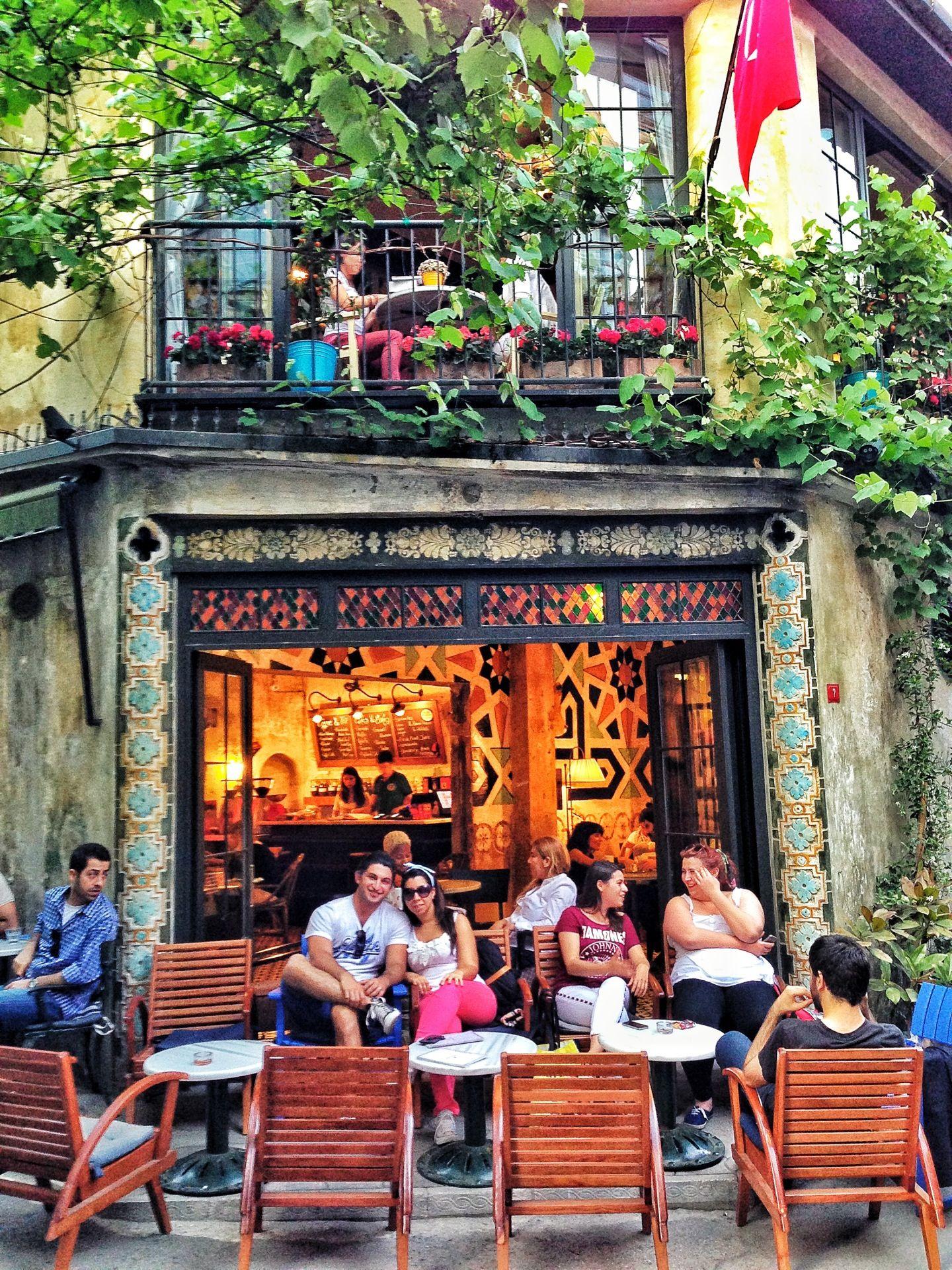 Karabatak in Ä°stanbul Ä°stanbul chic coffee shop IST