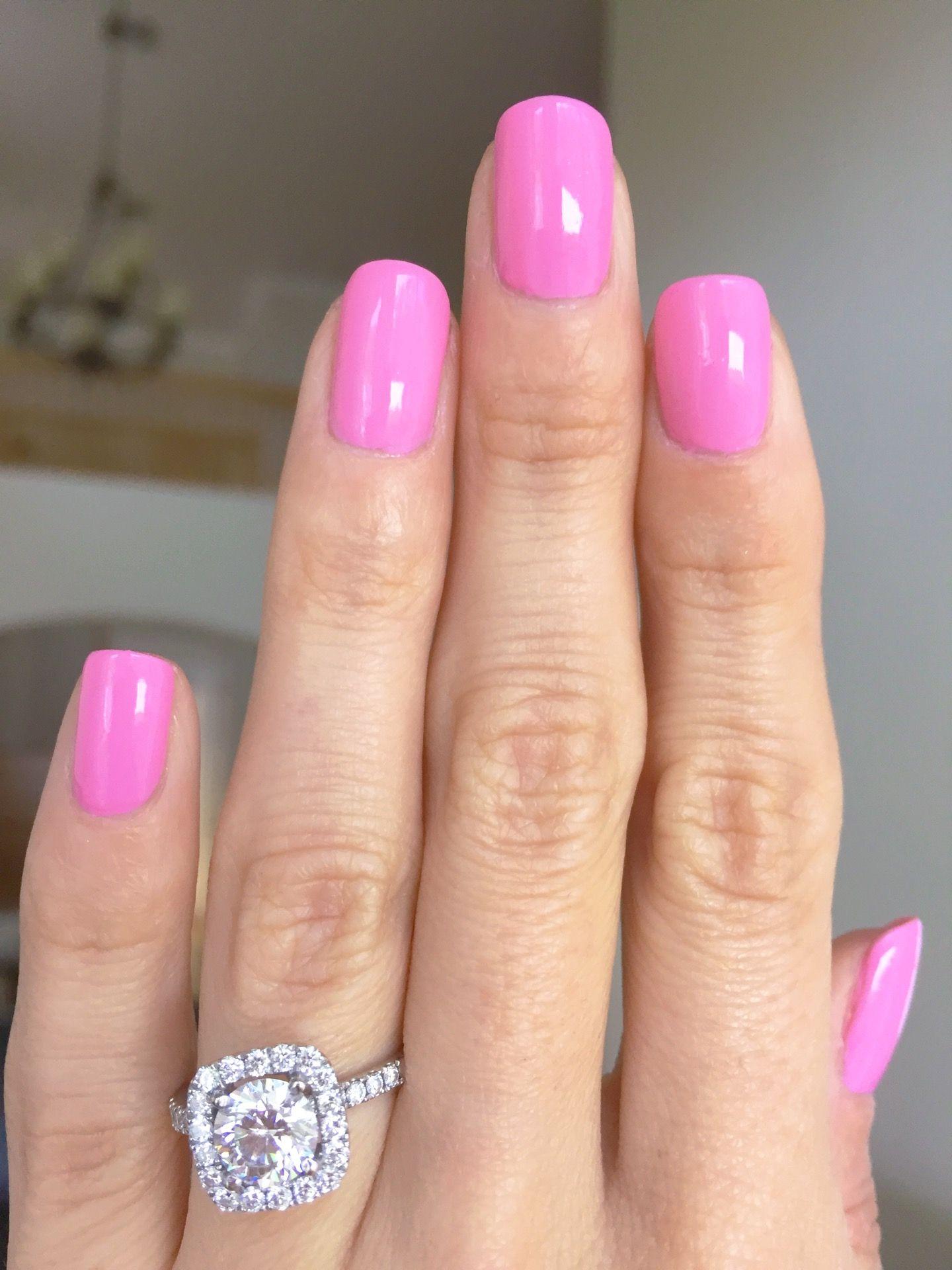 Essie Gel Couture - Haute to Trot manicure - bubblegum pink nails ...