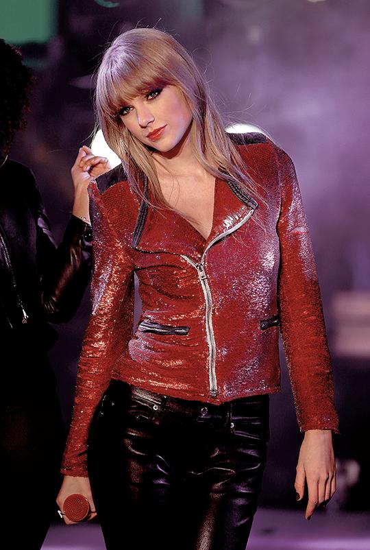 Taylorswiftedit Taylor Swift Hot Taylor Swift New Taylor Alison Swift