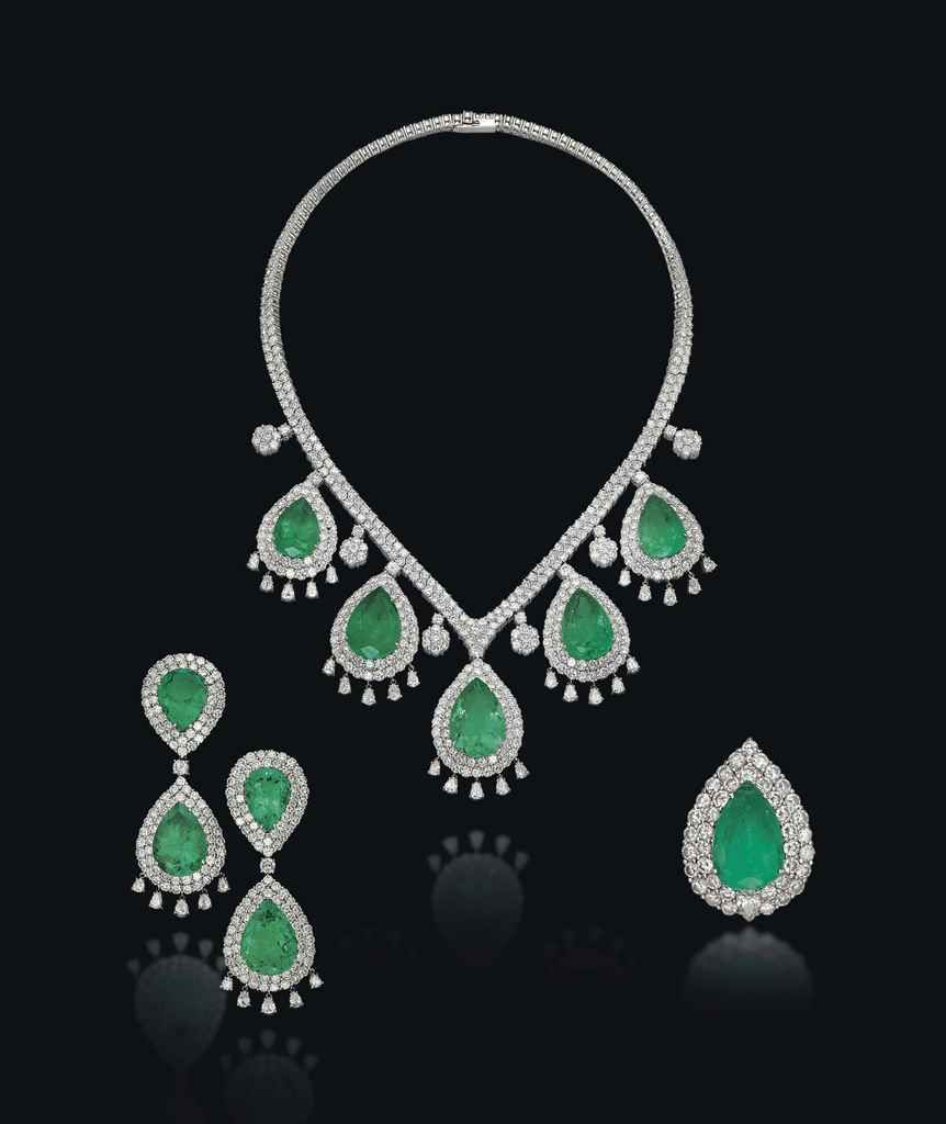 A set of emerald and diamond j all that glitters pinterest